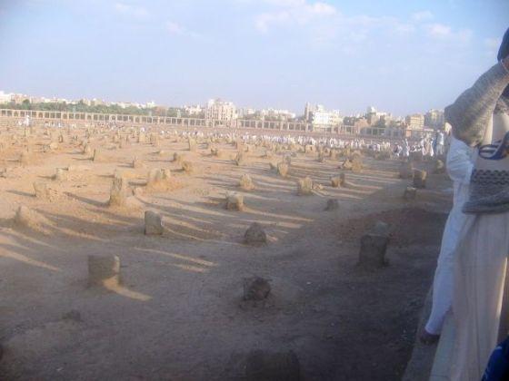 kuburan-yang-nyunnah-dan-sesuai-syariah-2-jpeg.image_